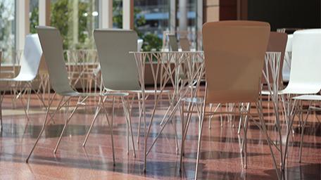 有一种设计叫来自大自然的设计——树形桌子